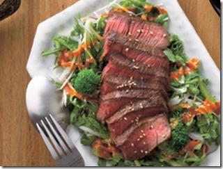 牛ステーキの香りサラダ